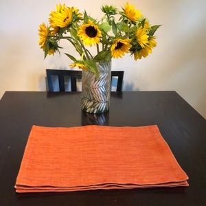 Crate&Barrel 4 Lamont Placemats Burnt Orange color